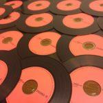 アナログレコードをモチーフにしたデザインのCD-R 知ってる!?【PHONO-R】【三菱化学メディア株式会社】